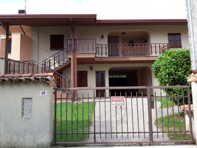 Casa bifamigliare 200 mq.