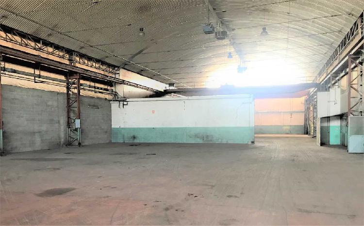 Capannone / Fondo - Industriale/Artigianale a Nichelino