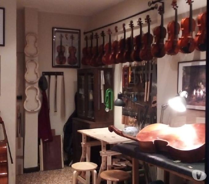 Centro storico piccolo ufficio-negozio con vetrina euro 330