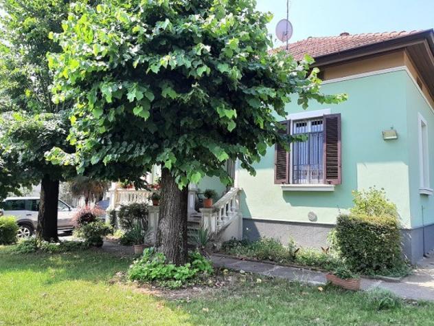 Villa di 120 m² con 3 locali e box auto in affitto a Trezzo