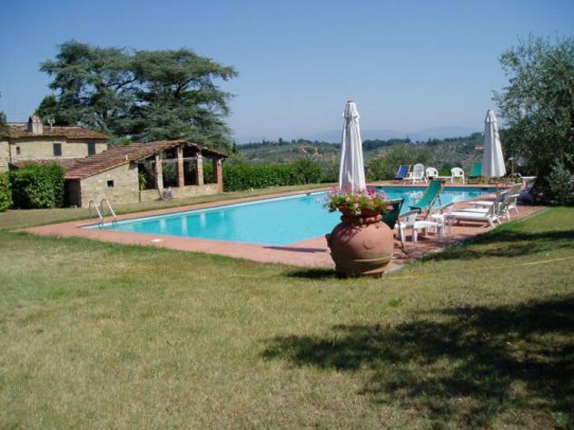Villa di 120 m² con 5 locali in affitto a Impruneta