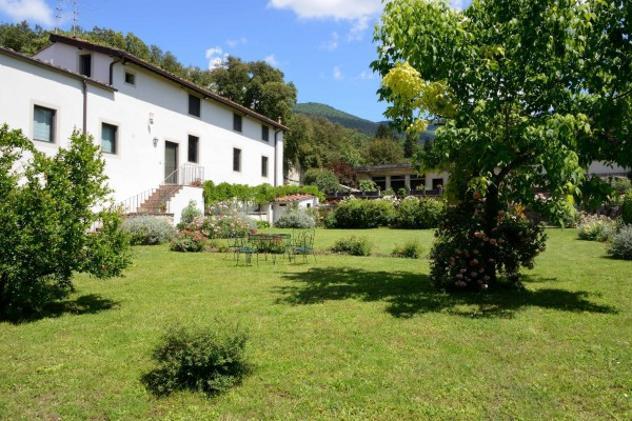 Villa di 290 m² con più di 5 locali e box auto doppio in