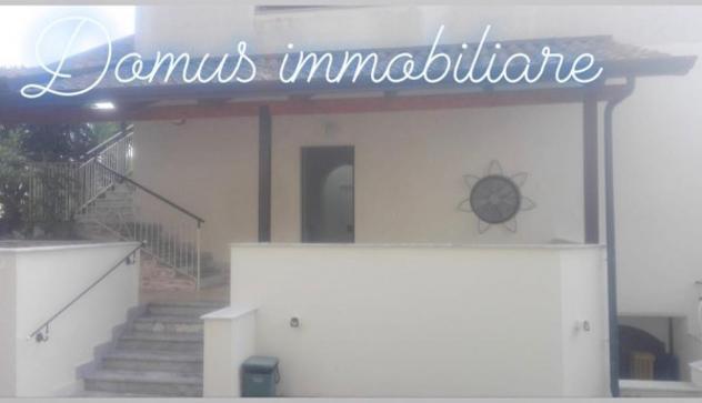 Villa di 90 m² con 3 locali in affitto a giugliano in