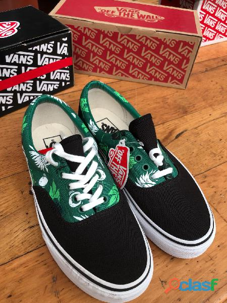 STOCK CALZATURE VANS