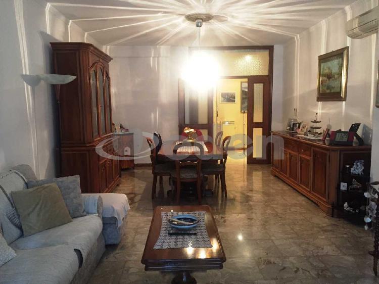 Appartamento - Esalocale a Villaggio Artigiano, Modena