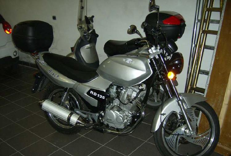 Moto RD 125