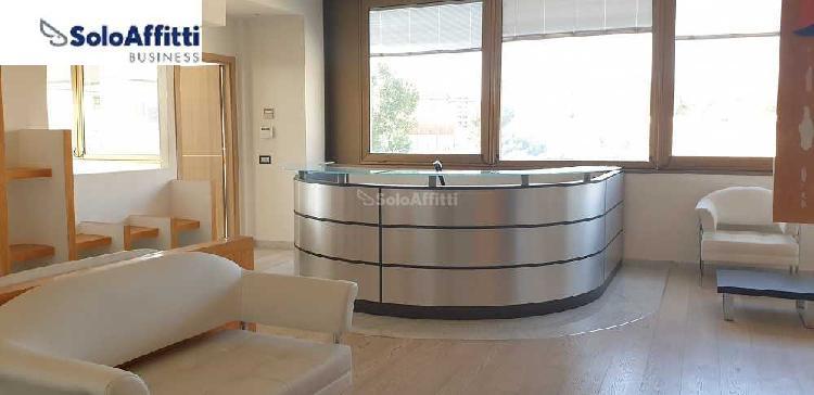 Ufficio - oltre 4 locali a Cusano Milanino