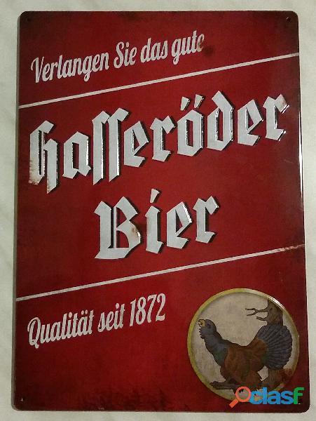 Targa pubblicitaria Hasseröder Bier in metallo smaltato art.numero 80171/01/51 perfetta