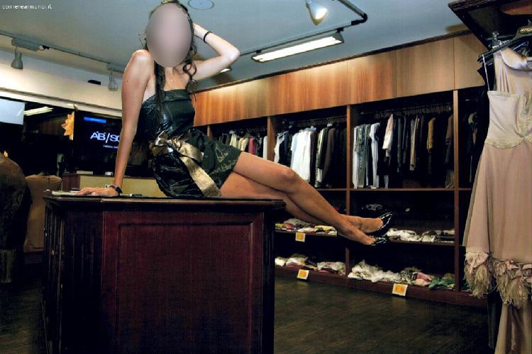 Mobili per negozio abbigliamento