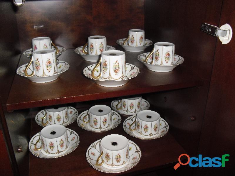 Servizio the caffe' copie d'ancien dorati