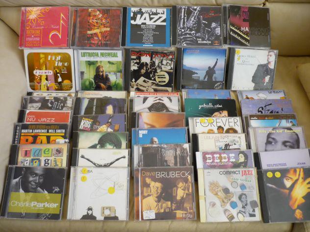 Blocco vari 40 cd musicali misti, a euro 59 (compresa la
