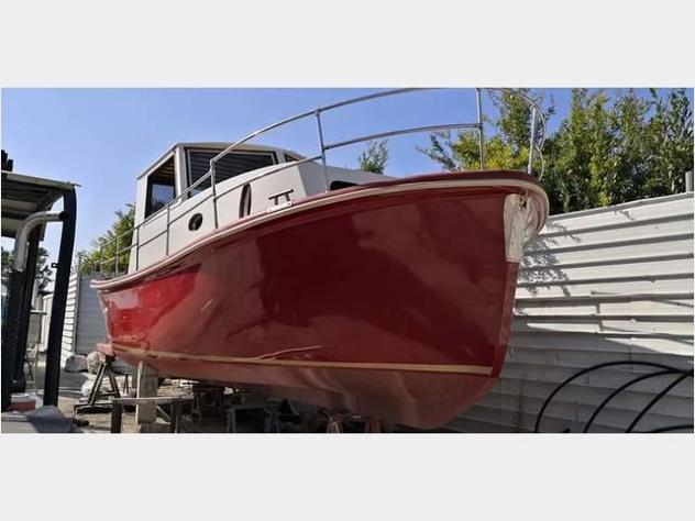 Barca a motore cabinato anno2018 lunghezza mt928