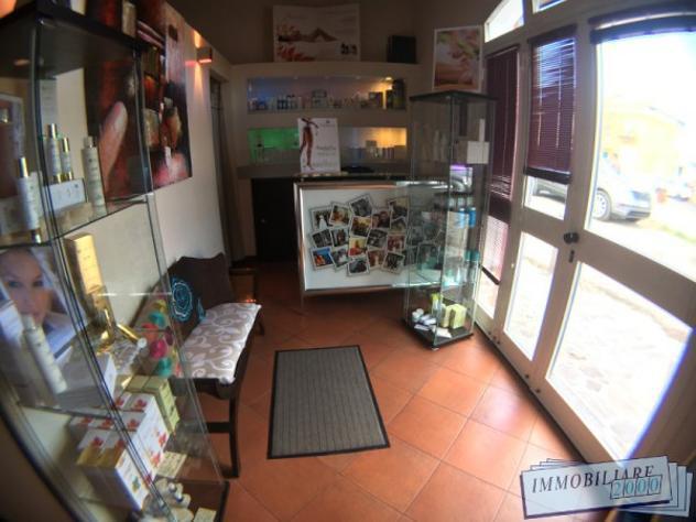 Attività / licenza di 40 m² con 4 locali in vendita a san