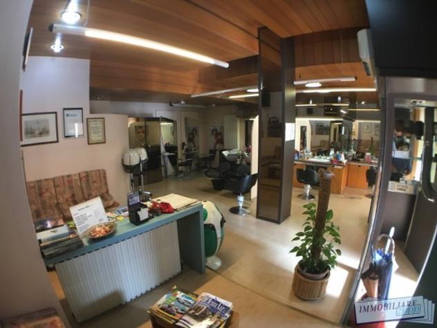 Attività / licenza di 55 m² con 2 locali in vendita a