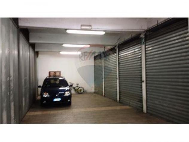 Box / garage di 19 m², box auto in vendita a torino