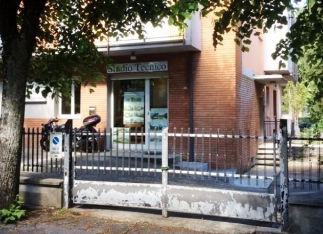Immobile di 70 m² con più di 5 locali in affitto a