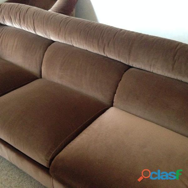 divano 3 posti letto singolo in velluto marrone .una poltrona 4