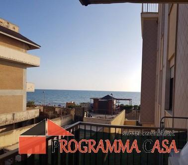 Appartamenti pomezia torvajanica via francia cucina:
