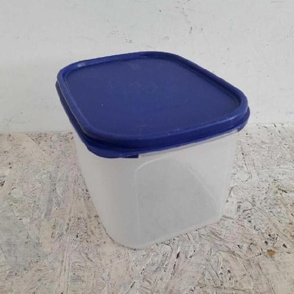 Contenitore plastica tupperware tappo blu
