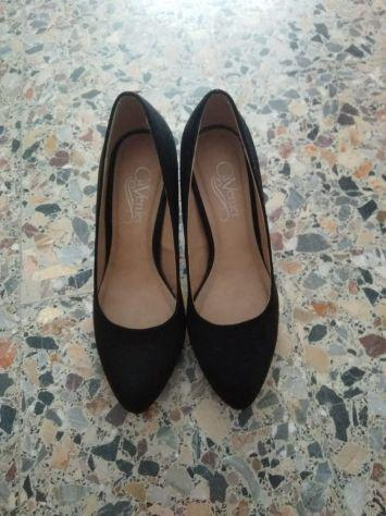 Decollete scarpe donna usate una volta