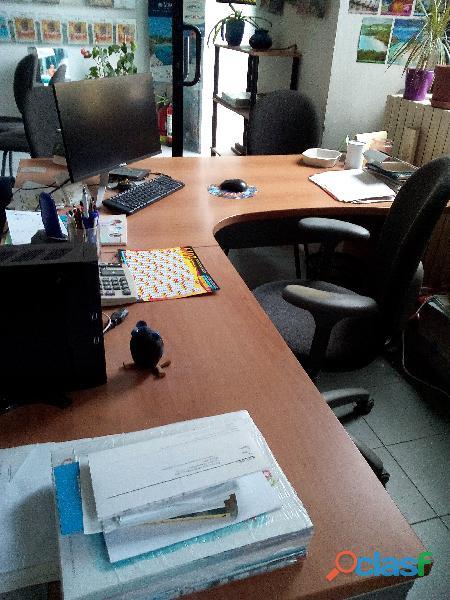 Scrivanie angolari ufficio complete di cassettiera