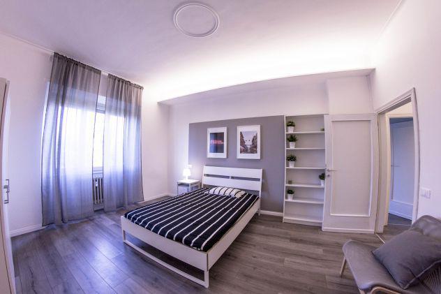 Ampia camera moderna con tutte le spese incluse
