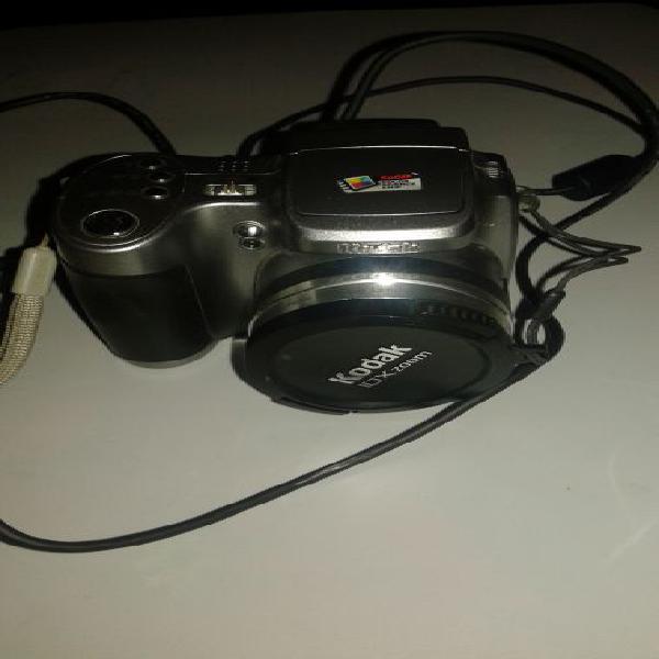 Macchina fotografica kodak easyshare z740