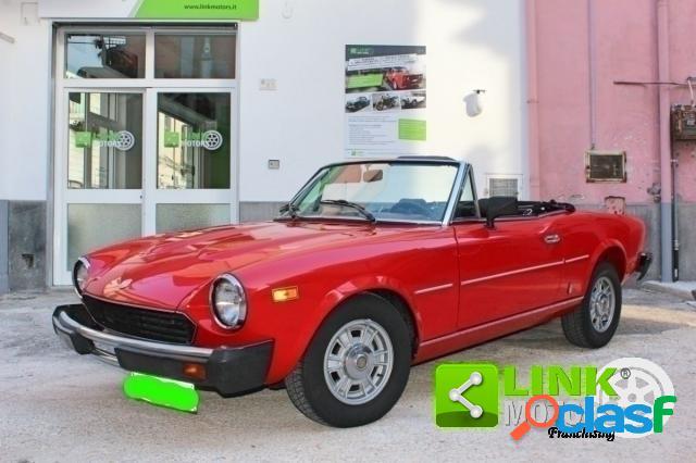 Fiat 124 spider benzina in vendita a pomigliano d'arco (napoli)