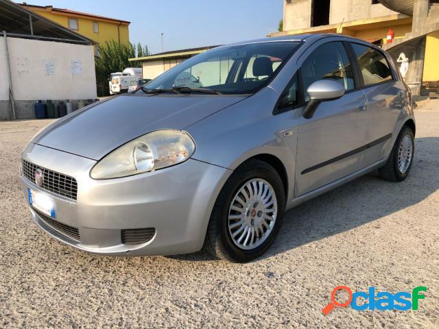 Fiat grande punto diesel in vendita a strongoli (crotone)