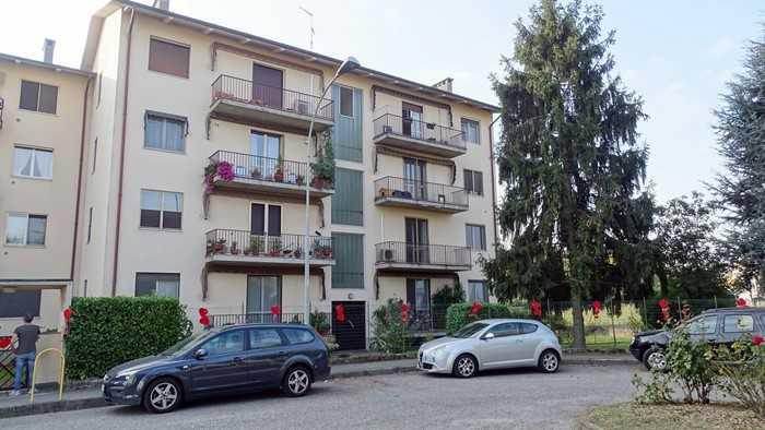 Appartamento - trilocale a certosa di pavia