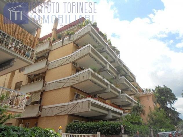 Appartamento di 100 m² con 3 locali in affitto a roma