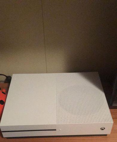 XBOX One S + Videogiochi e accessori