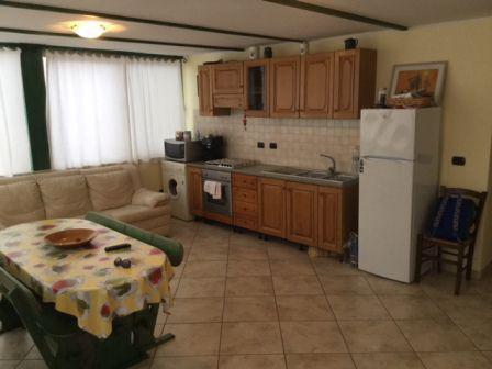 Alghero per l'estate 2019 affittasi appartamento in via