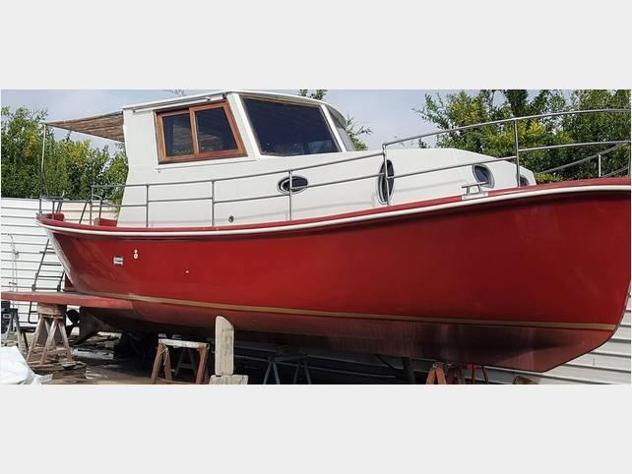 Barca a motore cabinato anno2018 lunghezza mt9920