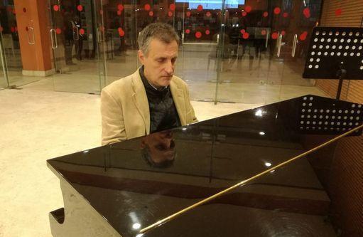 Lezioni/traduzioni pianoforte lezioni individuali rm