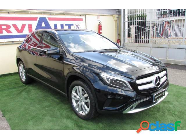 Mercedes classe gla diesel in vendita a casoria (napoli)