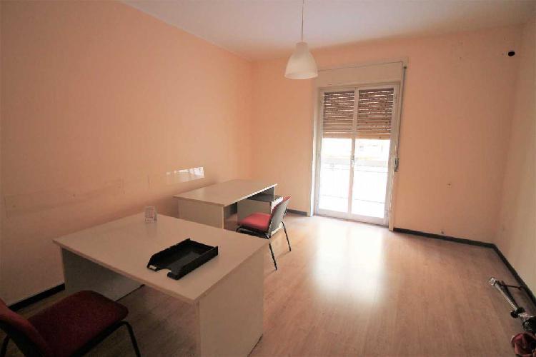 Appartamento - appartamento uso ufficio a teracati, siracusa