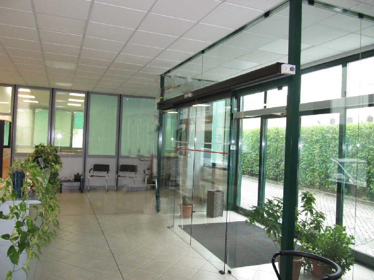 Capannone / Fondo - Industriale/Artigianale a Gadesco-Pieve