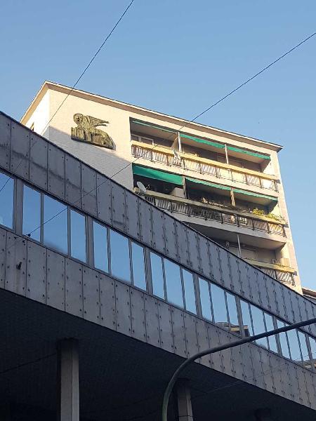 Negozio a Centro, Genova