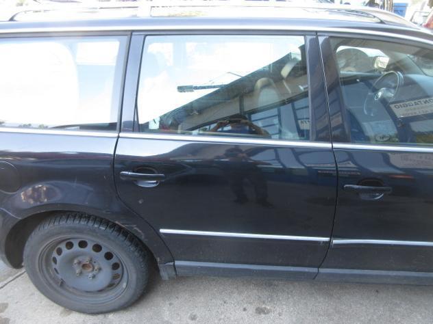 Porta posteriore dx volkswagen passat del 2002