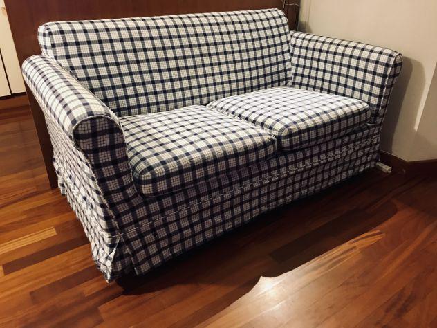 Vendo divano letto con doghe in legno