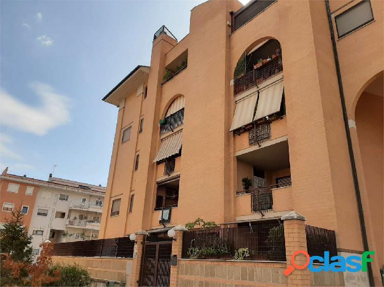 Appartamento trilocale come nuovo roma muratella