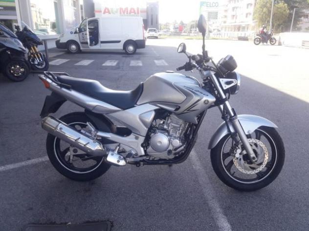 Yamaha ybr 250 ybr 250 rif. 12252071