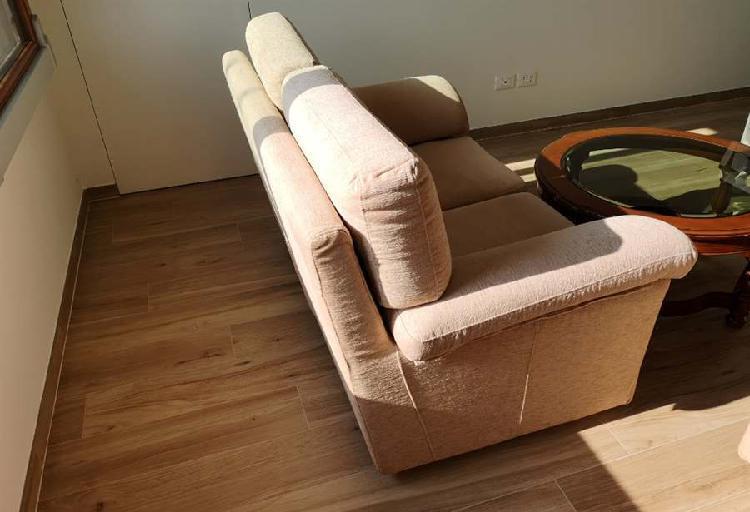 2 divani di cui uno divano letto