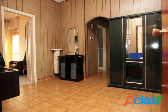 Ampio Appartamento con 4 camere
