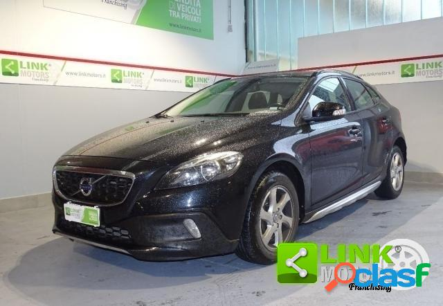 Volvo v40 cross country diesel in vendita a telgate (bergamo)