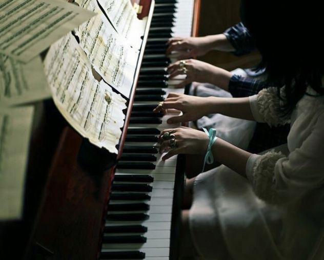 Lezioni di canto moderno e pianoforte individuali