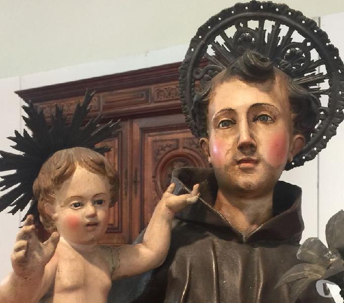 Statue di santi, madonne, bambinello gesù, pastori antichi