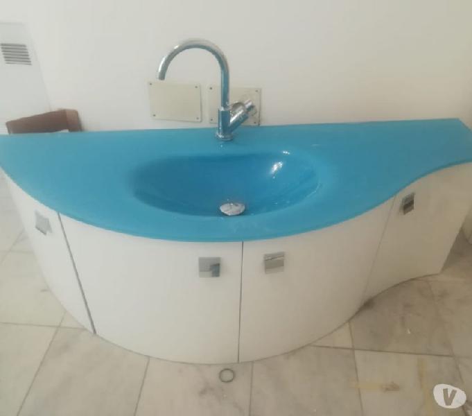Vendo mobile bagno sospeso con top in vetro
