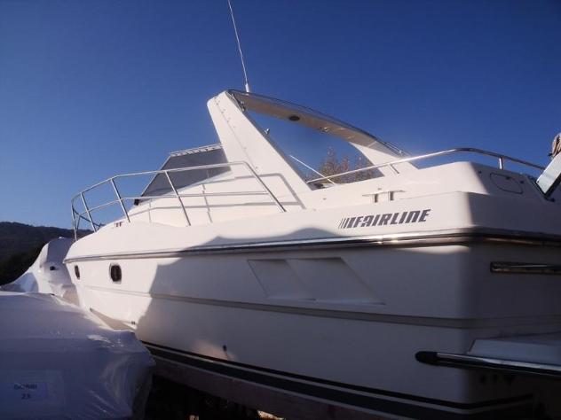 Barca a motorefairline fairline 33 targa anno1991 lunghezza